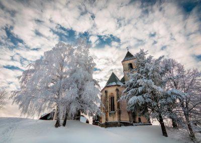 wallfahrtskirche-aussen-gipfelhaus-magdalensberg
